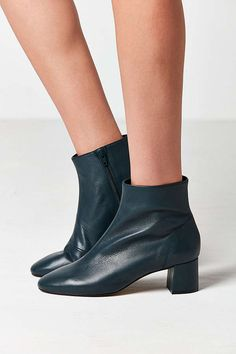 Slide View: 1: Crosswalk Jana Leather Ankle Boot