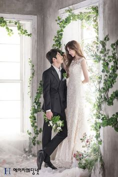 Wedding Picture Poses, Pre Wedding Photoshoot, Wedding Poses, Wedding Shoot, Wedding Couples, Wedding Pictures, Dream Wedding, Wedding Dresses, Korean Wedding Photography