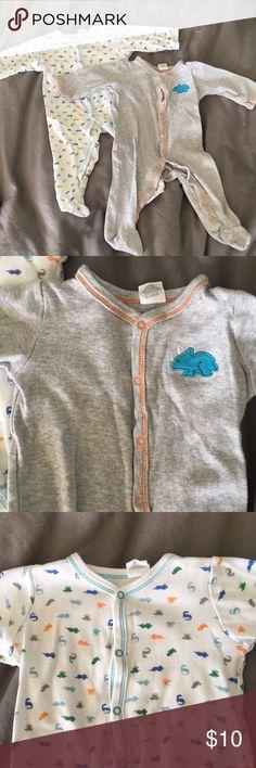 "2 set Dino onesies/ pajamas 6 Mo AVAILABLE  as two, great condition dinosaur jammies / PJs - brand: ""starting out"" 100% cotton overalls. Non smoker not pets Pajamas"