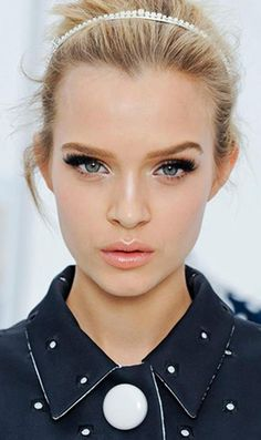 Makeup trends for Summer 2012.