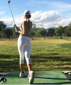 @radiantreport - Instagram:「Ready for the weekend ✨⛳️ . . . . . #golf #golfgirl #golfer #golflife #golfbabes #girlsthatgolf #golfhotties #womenwhogolf #pga #lpga…」