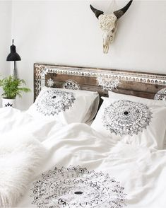 Kirsten's home is a perfect mix of boho and Danish style, inspired by her travels all around the world. Her flawless sense of style andher ability to mix Danish design with cool boho pieces has created a home that is filled with personality and inspiration. Take a look! #decor #interior #boho #danish #bedroom #bedding #headboard #monochrome