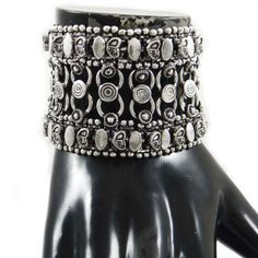 This is a beautiful ethnic silver tone oxidize metal bracelet which will give you more charms to your jewelry collection.this is img Women Jewelry, Fashion Jewelry, Metal Bracelets, Jewelry Trends, Indian Fashion, Gifts For Women, Jewelry Collection, Latest Fashion, Ethnic