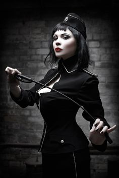 . Steampunk, Fetish Fashion, Gothic Fashion, Dark Beauty, Gothic Beauty, Mädchen In Uniform, Darkness Girl, Frauen In High Heels, Jamie Chung