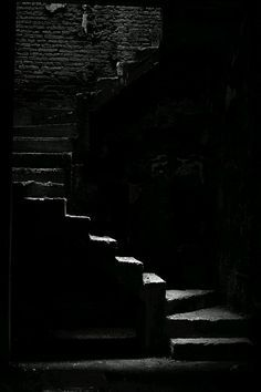 Stairs / Black and White Photography Dark Photography, Black And White Photography, Affinity Photo, Pics Art, Dark Places, Black Paper, Chiaroscuro, Black N White, Shades Of Black