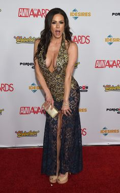Kendra Lust Photos Photos - Adult film actress Kendra Lust attends the 2016 Adult Video News Awards at the Hard Rock Hotel & Casino on January 23, 2016 in Las Vegas, Nevada. - Adult Video News Awards - Arrivals