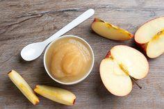 Kahvaltıda krep üzerine sürülen güzel bir lezzet elma püresi… Dilerseniz kaşık kaşık da yiyebilirsiniz. Malzemeler 2 kg elma 2 yemek …