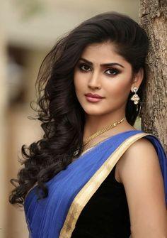 Cute Beauty, Beauty Full Girl, Beauty Women, Indian Actress Hot Pics, Most Beautiful Indian Actress, Beautiful Blonde Girl, Beautiful Women, India Beauty, Asian Beauty