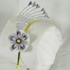 Lovingly-crafted Japanese-style bridal hair ornaments from Kitty Kanzashi