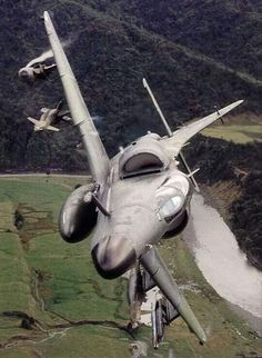 """Royal New Zealand AF - Douglas """"A-4K"""" Skyhawk - Was its Primary Fighter/Bomber Interdiction Aircraft from (1970-2001) (2)"""