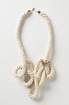 Passo a passo de colares de corda. Muitas idéias, muita criatividade!