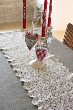 2015 Christmas DIY Crochet Table Runner Free Pattern - Christmas Crafts, Heart Candlestick