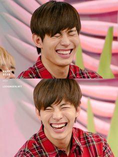 (2) Твиттер Love My Family, My Love, Lee Hong Bin, Parent Board, Vixx Hongbin, Jellyfish Entertainment, Kpop Boy, Korean Beauty, Kpop Groups