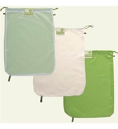 Chicago Bag_set The Hemp-Cotton Blend designed for bulk food items, 70 percent hemp, 30 percent cotton blend and is designed to absorb excess moisture. The rePETe™ great for squash, broccoli, carrots because it restricts airflow and locks in moisture.
