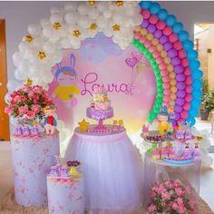 Multifestas e Tal: Pocket Party Care Bear Birthday, Unicorn Themed Birthday Party, Rainbow Birthday Party, Birthday Balloons, Unicorn Party, 1st Birthday Girl Decorations, Rainbow Party Decorations, Rainbow Parties, 1st Birthday Girls