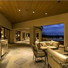 Outdoor Kitchens...........Contemporary