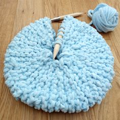 Small Round Knitted Pillow | craftgawker