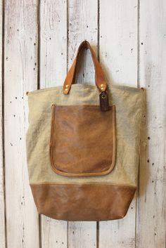 "Handmade Italian  Vintage Leather Tote & Vintage fabric ""New Village Bag "" di LaSellerieLimited su Etsy"