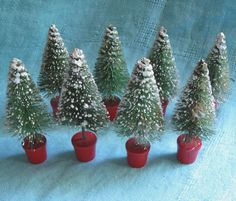Bottlebrush Christmas Trees Mica Snow - 8