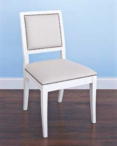 Google Image Result for http://img4-1.realsimple.timeinc.net/images/home-organizing/decorating/0605/chair_300.jpg