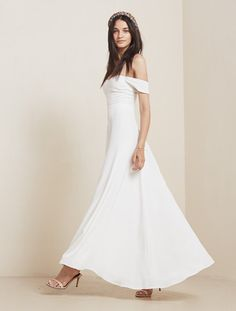 Pin for Later: The Ultimate Guide to Wedding Dresses With Sleeves Off-the-Shoulder Sleeves