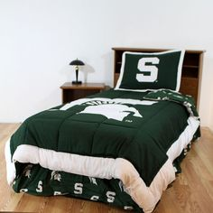 Michigan State Spartans Reversible Comforter Set - Twin, Multicolor