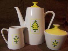 Vintage Teapot / Sugar Bowl / Creamer with by mimishomefashions, $25.95