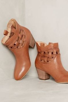 Corso Como Bueno Booties #anthrofave