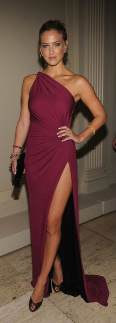 Bar Refaeli in Roberto Cavalli.. You can be covered and sexy too! peek a boo!
