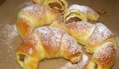 Dizani roščići s orasima i finom kremom — Coolinarika Romanian Food, Romanian Recipes, Facebook Recipe, Cake Cookies, Bagel, Recipies, Sweets, Bread, Baking