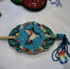 Hummingbird stick medallion and applique style by Totsmaywee