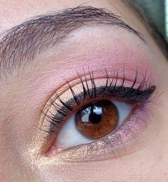 http://blogmaquilha-te.blogspot.pt/2013/05/30-days-makeup-challenge-day-24.html