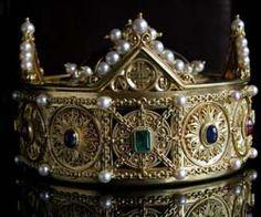 Corona-relicario Santa María la Real (alrededor de 1150).