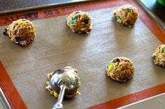 Mrs. Schwartz's Kitchen: Monster Cookies   (These look AMAZING!)