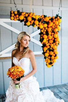 Florida pride: http://www.stylemepretty.com/florida-weddings/central-florida/2015/05/27/a-sunshine-state-inspired-wedding/ | Photography: Rebecca Read - http://rebeccareadphotography.com/