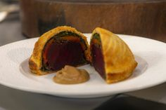 Beetroot Pithivier | James Martin Chef Veggie Dishes, Savoury Dishes, Hairy Bikers Comfort Food, Chef James Martin, Vegetarian Tart, Cooked Carrots, Morning Food, Saturday Morning, Savory Tart