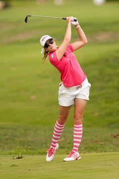 Paula Creamer Rocks The Socks