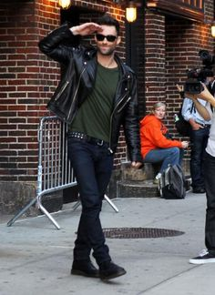 - Adam Levine Blazes Through 'Letterman' With His Hotness