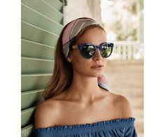 Unveiling the spring 2016 lookbook, Tory Burch heads to a sunny tropical setting for a shoot featuring elegant fashions with a bohemian twist. The images spotlight everything from breezy tunics to colorful swimsuits and off the shoulder dresses. Paired with espadrilles in platform or flat styles as well as miniature bag styles, the Tory Burch …