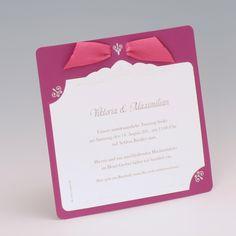EINLADUNGS- oder HOCHZEITSKARTE  Farbe: Lila-Violett und Creme-Weiß, Papier: matt-gestrichenes Feinstpapier mit glatter Oberfläche, Format: 15 x 15 cm (BxH), Veredelungen: Heißfolienprägung, Umschläge: Passend lieferbar, Besonderheiten: florale Muster, Stanzung und Schleifchen