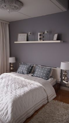 Grey/Blue Room