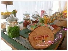 Mesa dulce personalizada para tu día más especial...en Deliciass hacemos realidad tus sueños más dulces.... Y ya tenemos disponible nuestro carrito másssss romantico.... Pide presupuesto sin compromiso!!!  #mesadulcecomunion. #mesadulceboda #mesasdulcesvalladolid. #mesad #mesadulcebautizo #candybarvalladolid #candybarcomunion #camdybarbodas #candybareventos #carrito