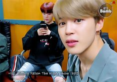 Animated gif shared by ɢᴏʟᴅᴇɴ ɪᴅᴏʟ⁷. Find images and videos about gif, bts and jungkook on We Heart It - the app to get lost in what you love. Bangtan Bomb, Bts Bangtan Boy, Bts Jimin, Park Ji Min, K Pop, Bts Love, Singing Career, Dance Teacher, My Soulmate
