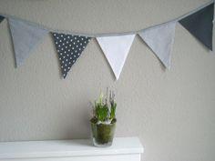Wimpelkette grau/weiß von myVichy auf DaWanda.com