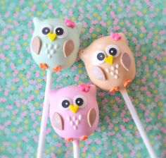 Owl Cake Pops More Yard, Farm Animal Cake PopsFarm animal cake pops.Wild Animal Cake Pops - possible? Owl Cake Pops, Animal Cake Pops, Owl Cakes, Ladybug Cakes, Owl Birthday Parties, Cookie Pops, Cupcake Cookies, Owl Cupcake Cake, Decorated Cookies