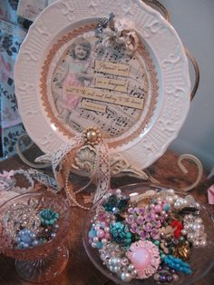Hmmm...I think I might try using my Julie Nutting Doll Stamps to embellish my next Mixed Media project using a plate...