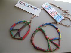 Símbol de la pau de plastilina....What a wonderful idea for anyone to make!