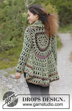 Crochet circle jacket with stripes. Sizes S - XXXL. The piece is worked in DROPS Air and DROPS Big Delight.