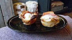 Toast met spek en ei uit de oven....
