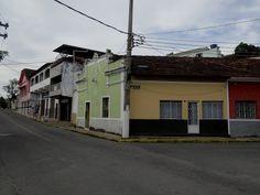 Barra do Piraí Através de Fotos -  Rua Moreira dos Santos, esquina com Avenida Gonçalves - Centro - 04 de maio de 2017 - Foto de Barra do Piraí, RJ - Por Vicente Siqueira